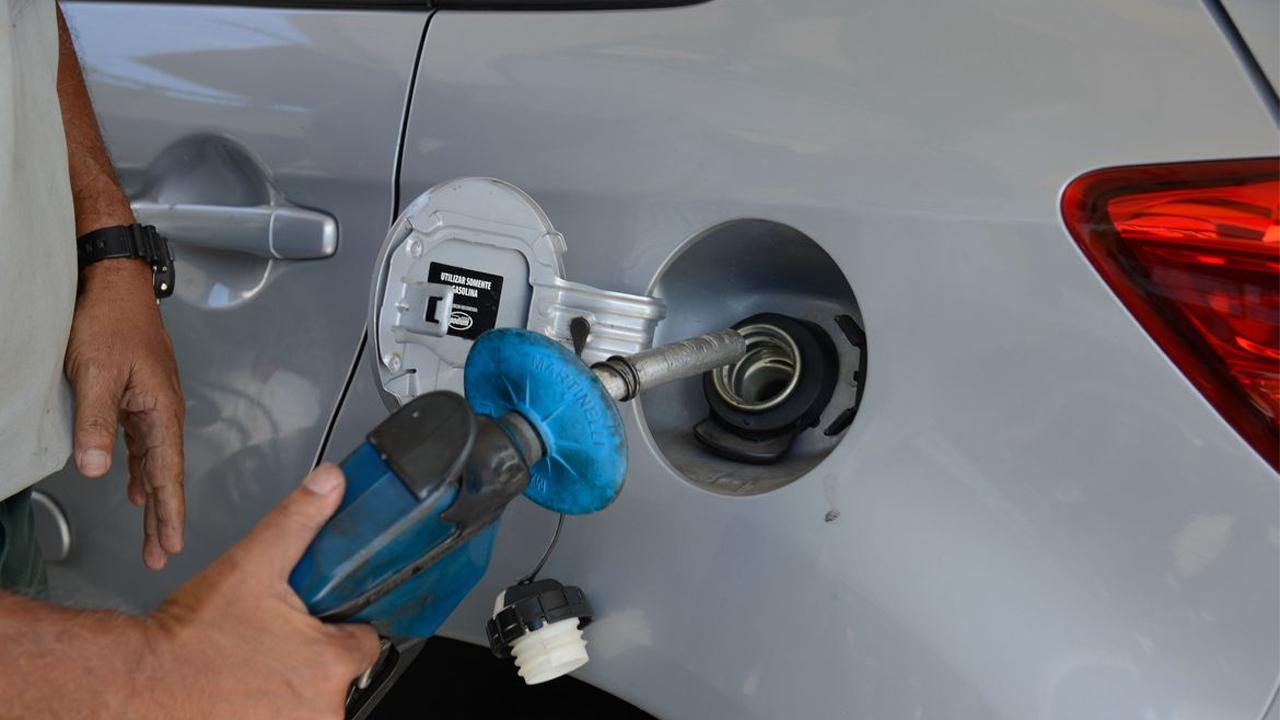 Preços de gasolina, diesel e gás aumentam hoje (02/03) nas refinarias