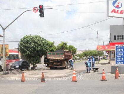 Prefeitura realiza serviços de manutenção viária em Rosa dos Ventos