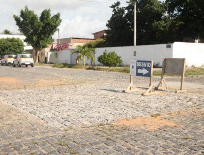 Prefeitura resolve problema na rede de esgoto que prejudicava Parque de Exposições II