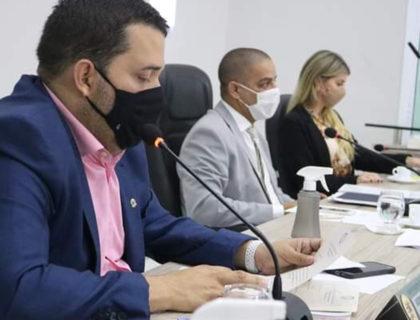 Câmara de Parnamirim aprova projeto de lei sobre intenção de compra de vacinas contra Covid-19