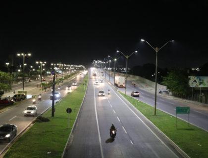 Prefeitura de Parnamirim intensifica melhorias de iluminação em quatro bairros