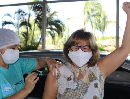 Prefeitura amplia vacinação para pessoas com comorbidades e realiza drive-thru neste sábado (1)