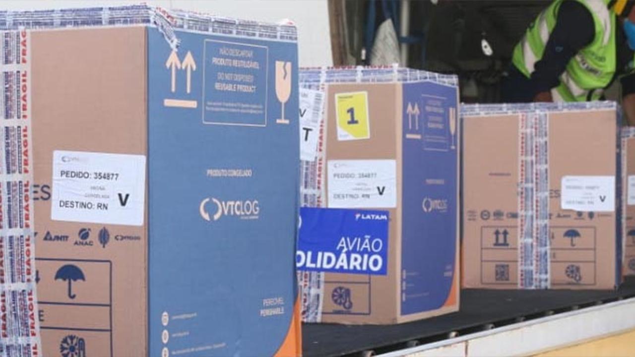 Governo do RN recebe nova carga de vacinas contra a Covid-19