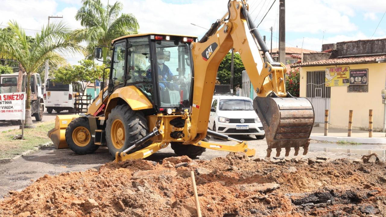 Prefeitura de Parnamirim realiza manutenção viária em avenidas de grande circulação
