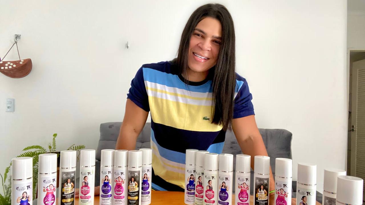 Sensação nas redes sociais, humorista Talokudo lança a sua linha de cosméticos; confira