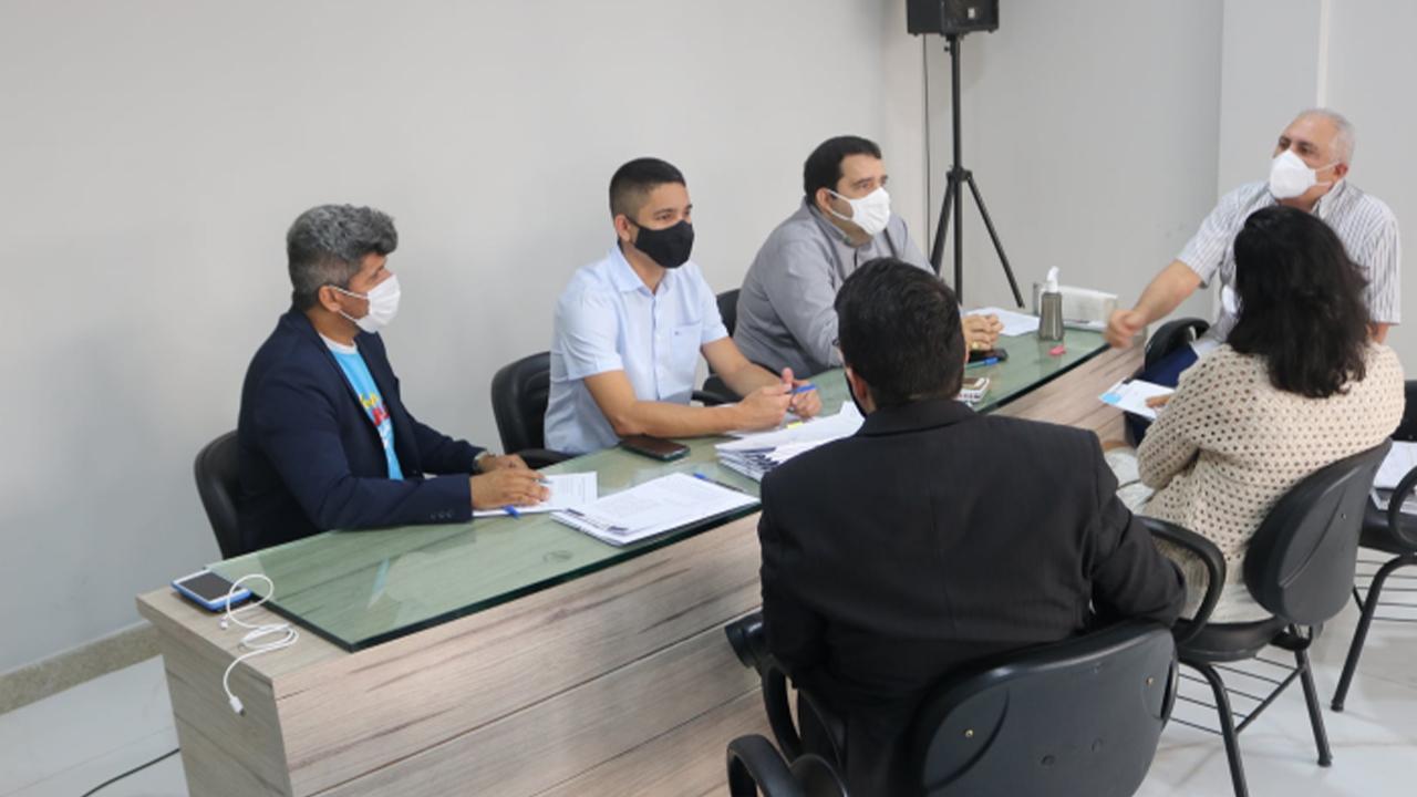 Comissão Permanente de Constituição, Legislação e Redação Final realiza reunião