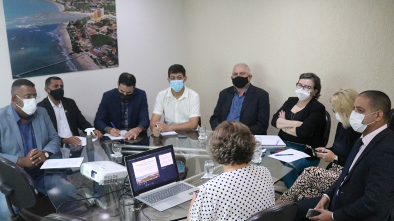 Secretaria de Saúde apresenta à Câmara de Parnamirim projeto de valorização ao servidor público municipal