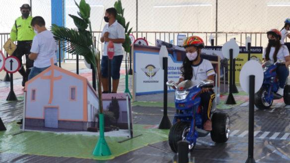 Cidade Mirim simula trânsito para crianças em Parnamirim