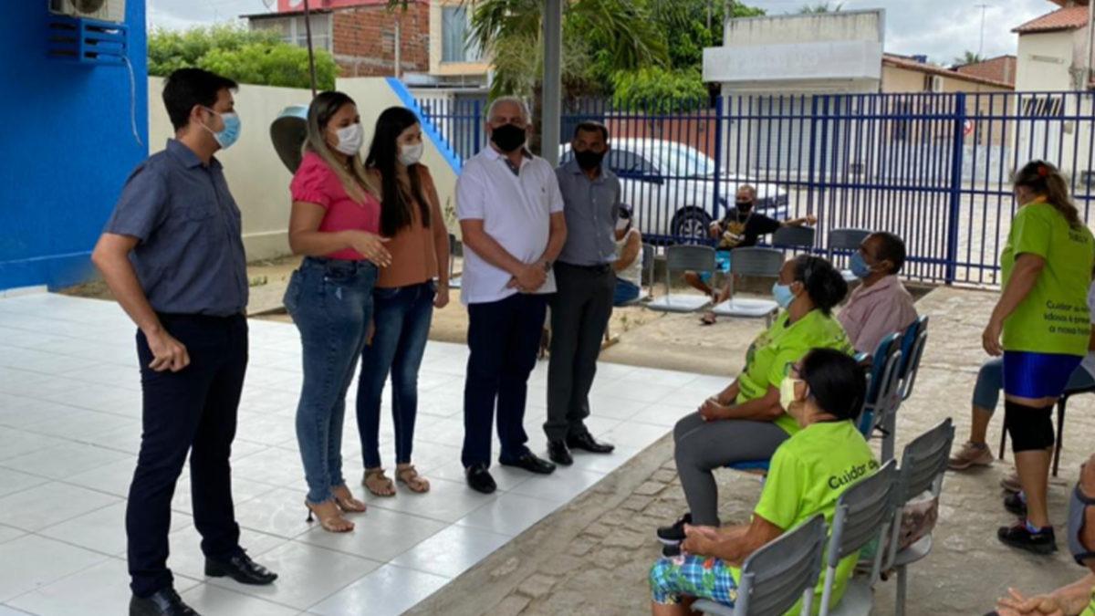 Frente Parlamentar visita Grupo de Idosos Viver Bem, em Monte Castelo