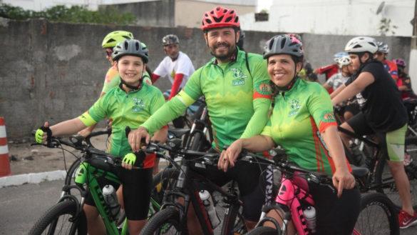 Volta ciclística reúne mais de 300 participantes pelas ruas de Parnamirim