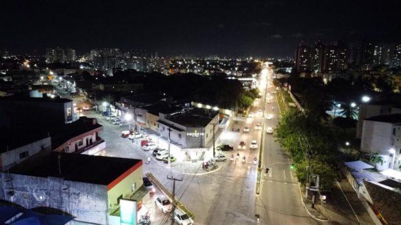 Melhorias na iluminação pública continuam em Parnamirim