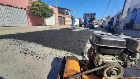 Semop repara pavimentação do loteamento Parque Verde, em Nova Esperança, nesta semana