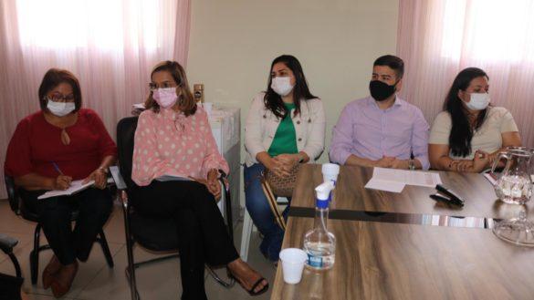 Secretária da SEMAS se reúne com representantes do CRESS/RN